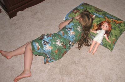 Em_asleep_with_becky