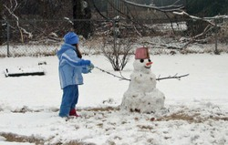 8_dance_with_snowman